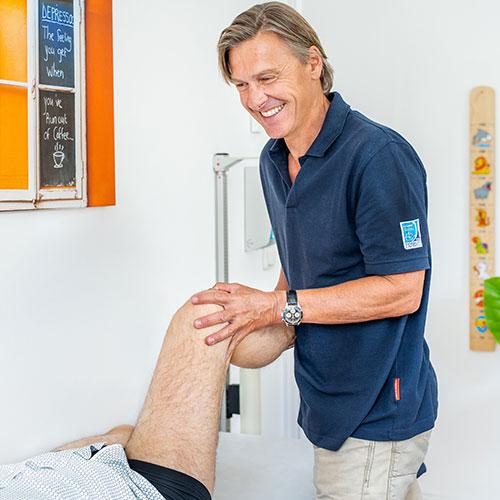 Orthopäde Altaussee - Dr. Thomas Wallner - Behandlung